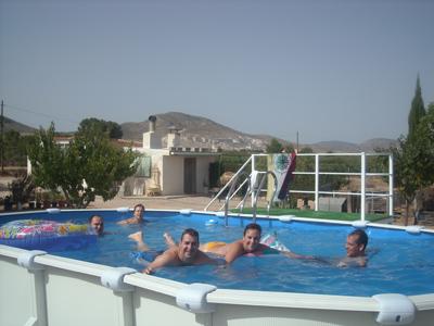 Piscinas en concurso concurso gre piscinas pool for Piscina en catalan